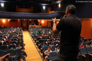 Centros escolares de Urdaibai participaron en una conferencia sobre el águila pescadora